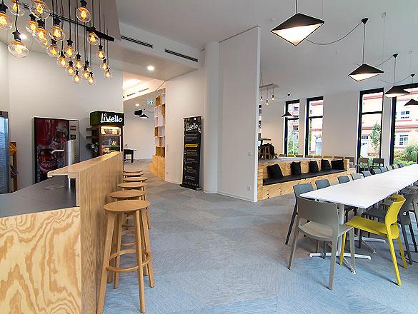 Bürohaus Düsseldorf 01