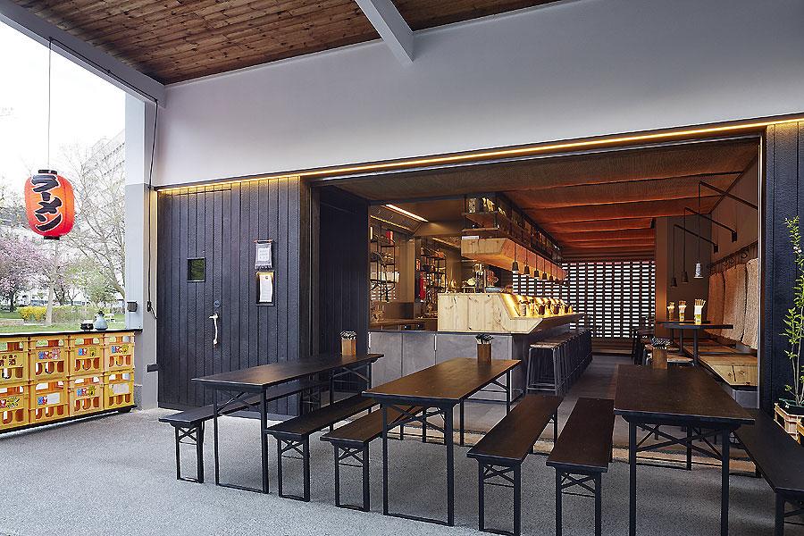 Mochi Ramen Bar 01
