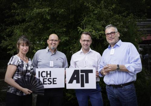 Ester Caba (Roca), Marc Millenet (idpool), Sven Rensinghoff (Bette) und Holger Siegel (idpool)