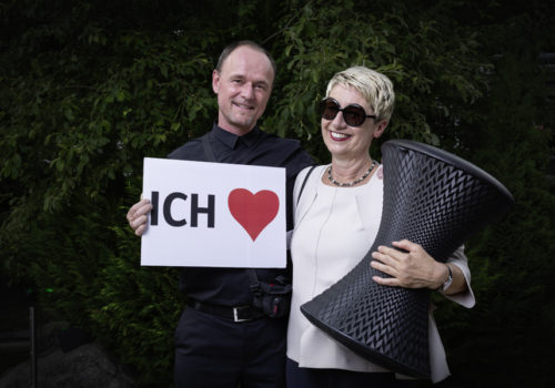 Burkhard Remmers (Wilkhahn) und Petra Stephan (AIT) mit PrintStool