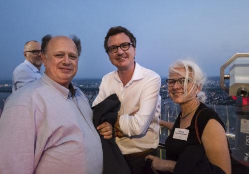 Oliver Casiraghi, Dr. Marco Zatti (Laminam) und Dorothea Scheidl