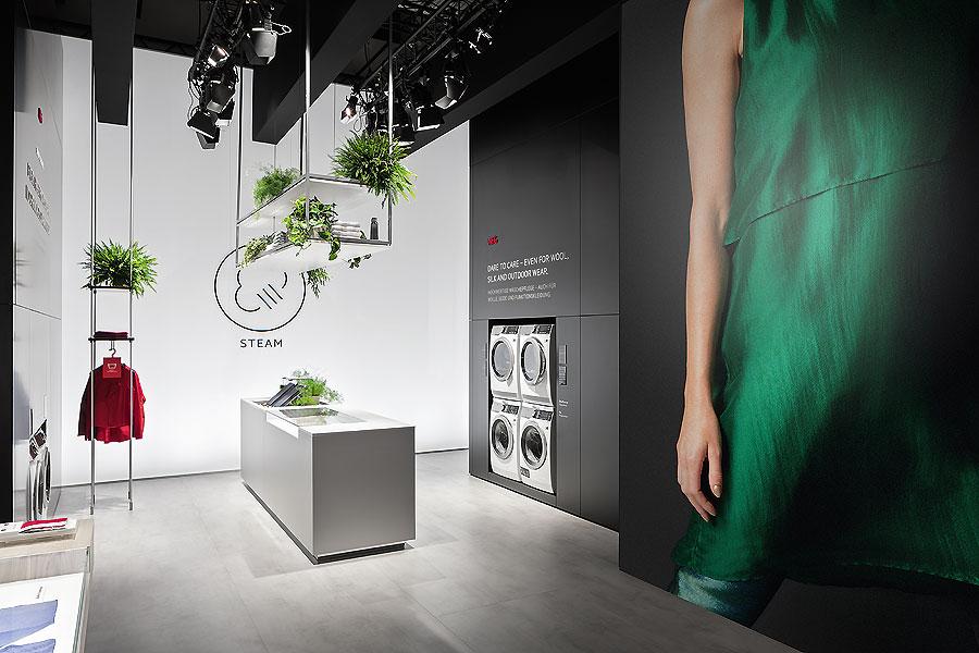 aeg messestand auf der ifa in berlin von d art design ait xia ait dialog. Black Bedroom Furniture Sets. Home Design Ideas