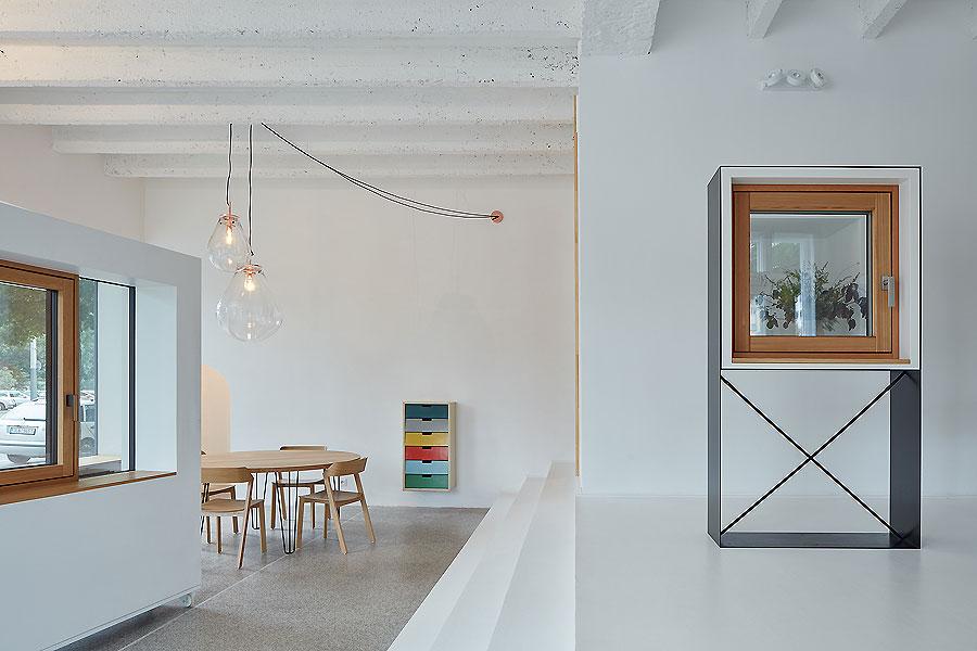 Showroom in Prag von Mjölk architects