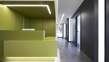 Kieferorthopädie in Köln von brandherm + krumrey interior architecture