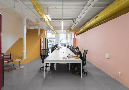 Büro in Barcelona von CaSa 08