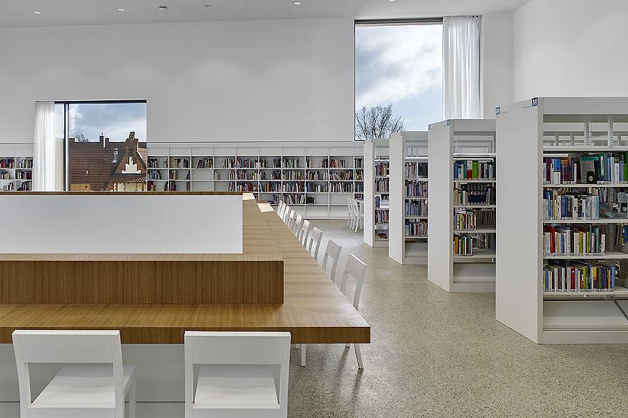 Stadtbibliothek in Heidenheim 02