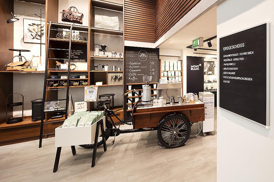 Schreibwarengeschäft in Köln von The Store Designers – AIT | xia ...