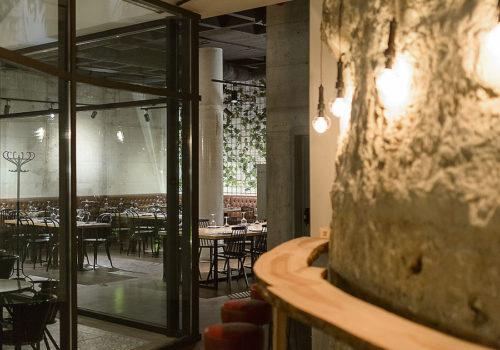 Restaurant Wine District in Lissabon 01
