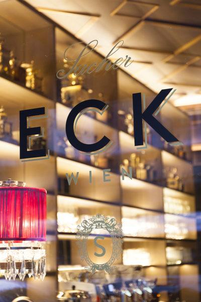 Café Sacher Eck in Wien 01