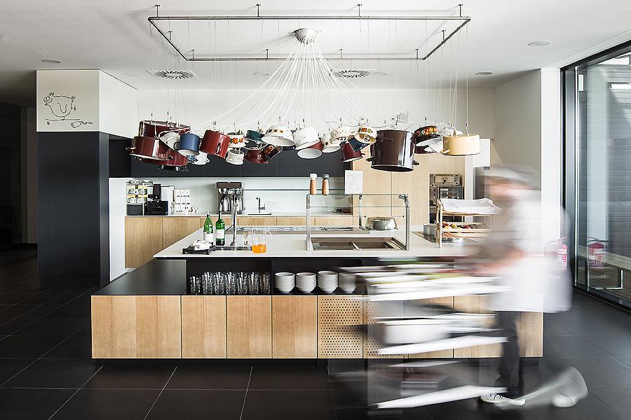 Küchenausbau im Magdas in Wien 02