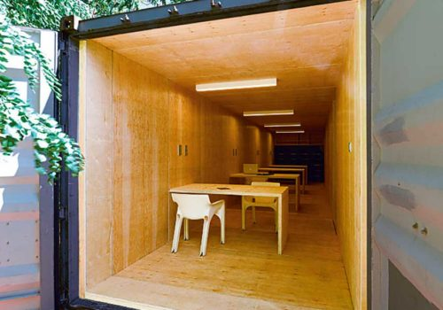 Container Café + Coworking