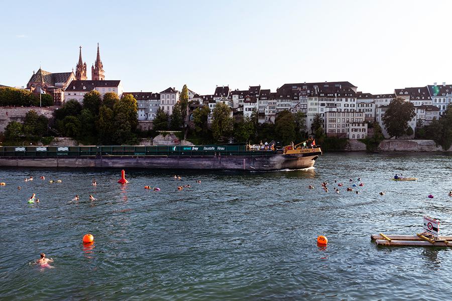 """""""Swim City"""" - Ausstellung im AIT-ArchitekturSalon München"""