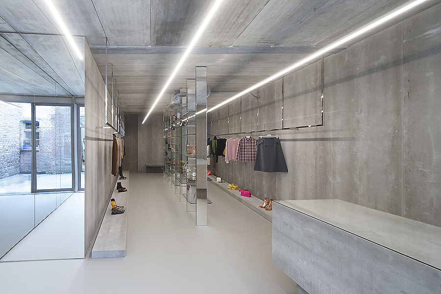 "Boutique ""Labels"" in Sittard von Maurice Mentjens"