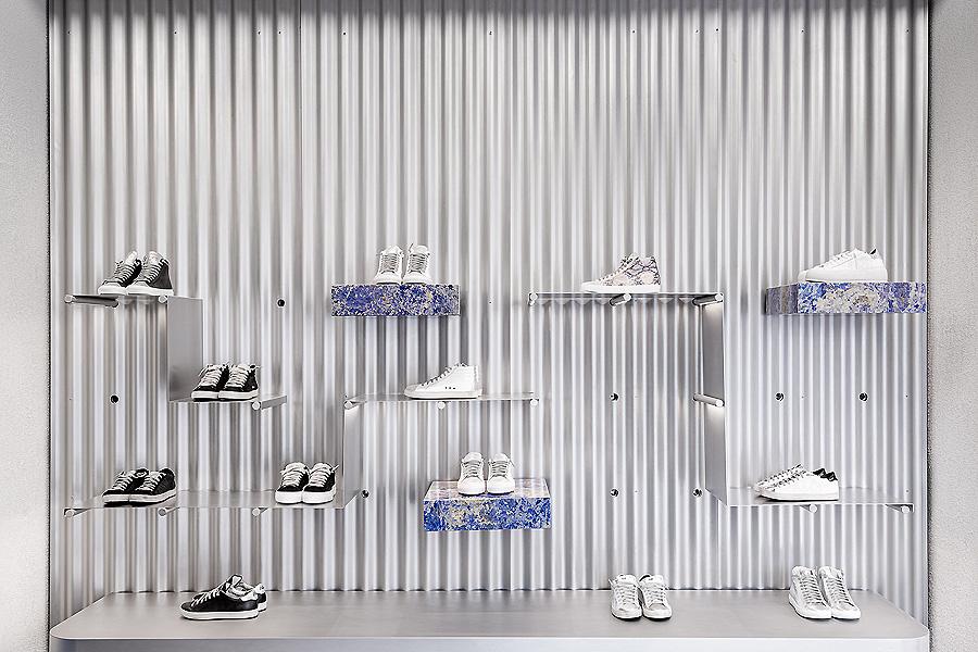 P448 Flagship Store in Mailand von Piuarch